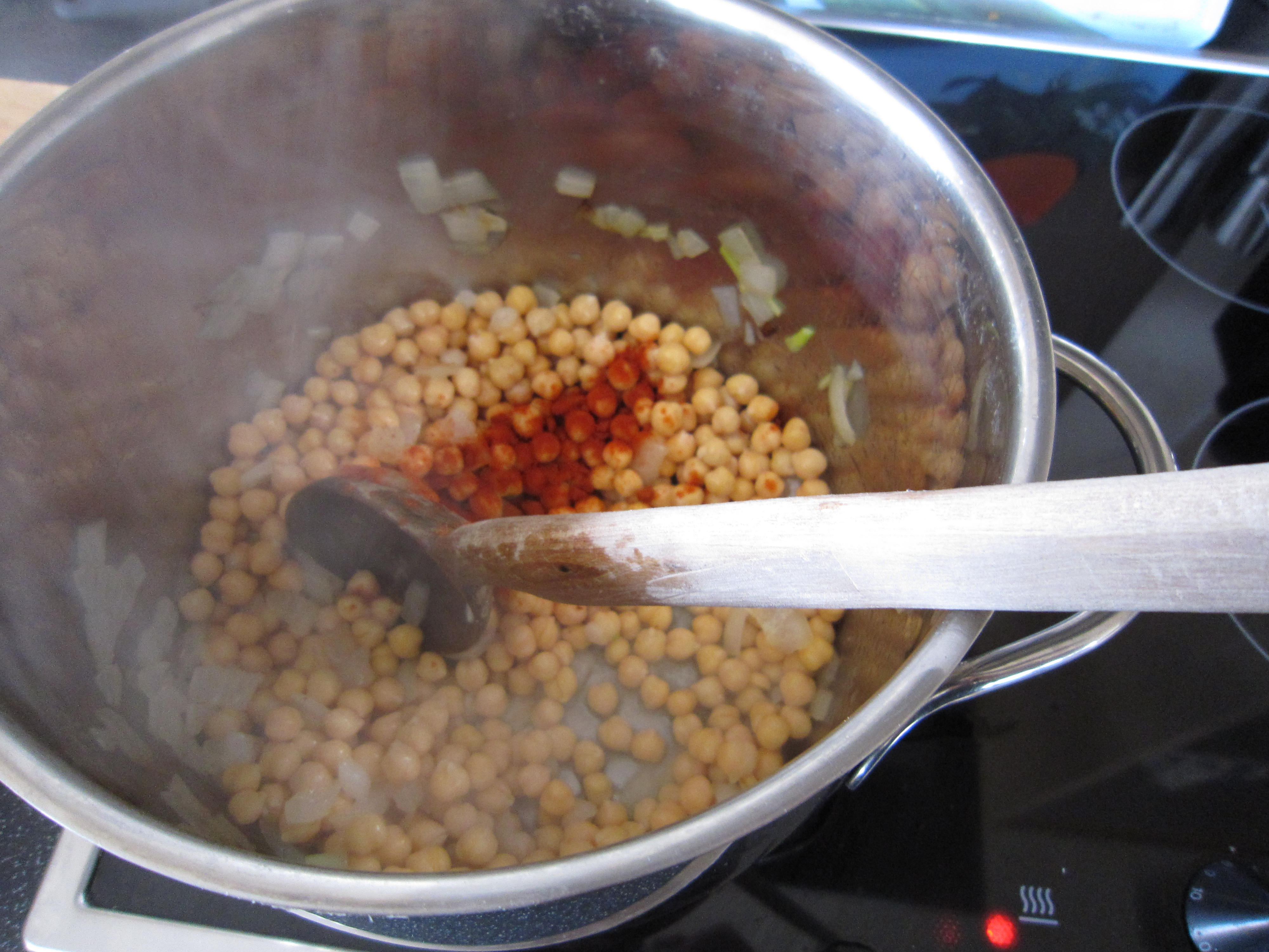 An Accidental Soup…..Chickpea and Chorizo – The Omnivorous ...